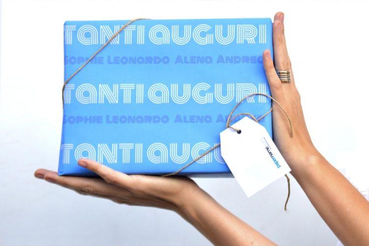 papel de regalo personalizado on line muchas felicidades papername solo texto